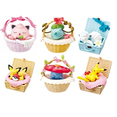 Officiële Pokemon figures re-ment Napping in a Basket 1